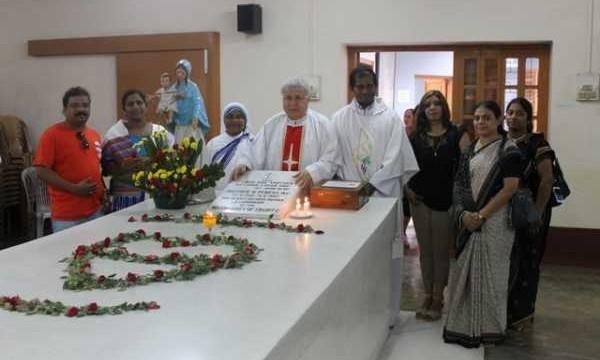 Visita tomba Madre Teresa e Casa Madre a Calcutta